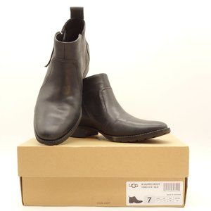 NWT UGG Aureo Ankle Boots Black Leather Side Zip